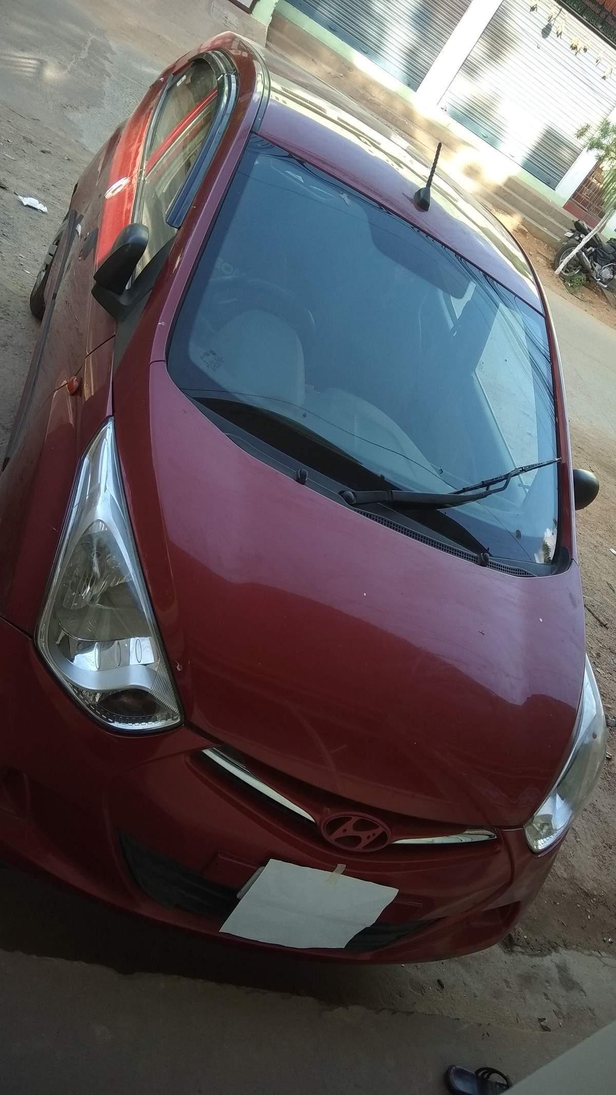 Hyundai Eon Left Side View
