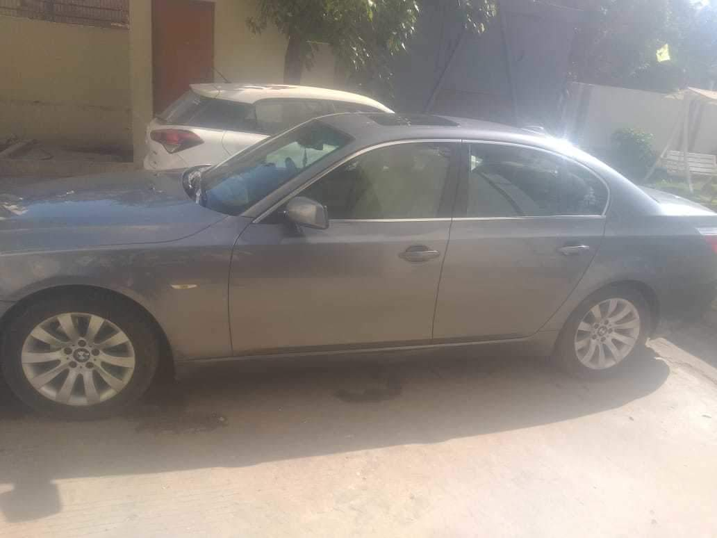 Bmw 5 Series Left Side View