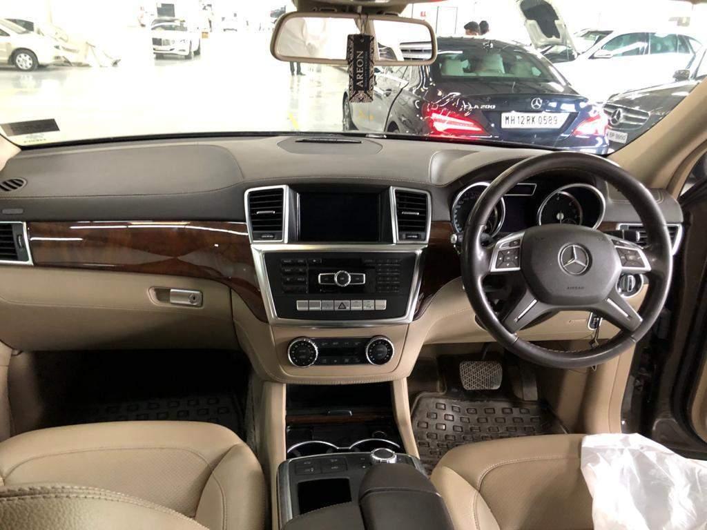 Mercedes Benz M Class Rear View