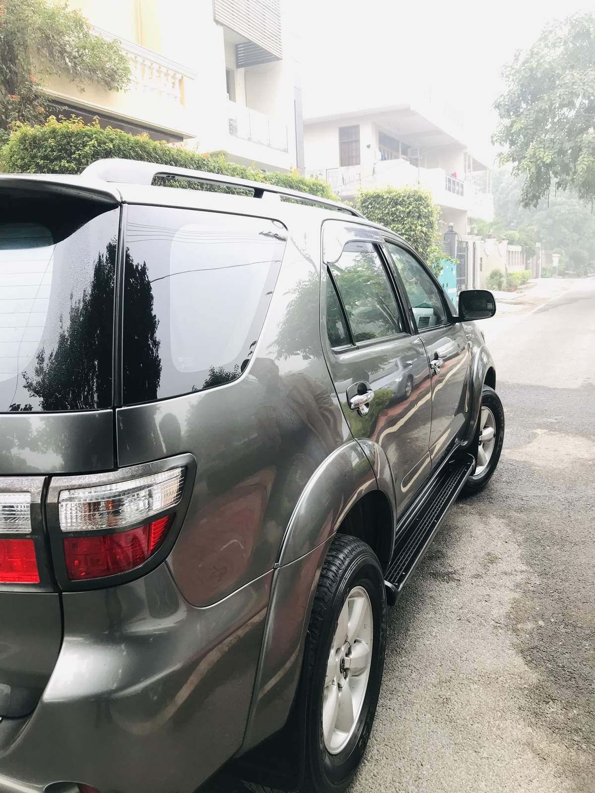 Toyota Fortuner Rear Right Side Angle View