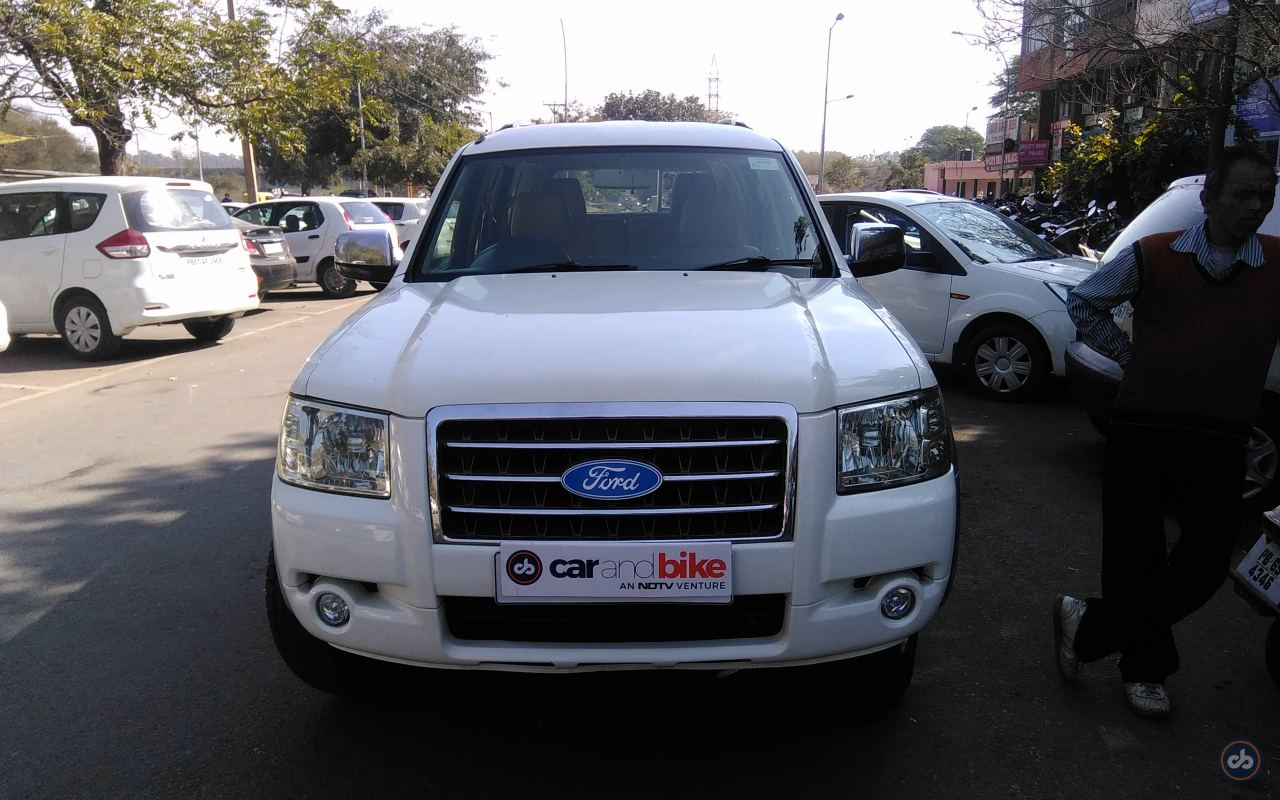 New Ford Endeavour 2009 Price