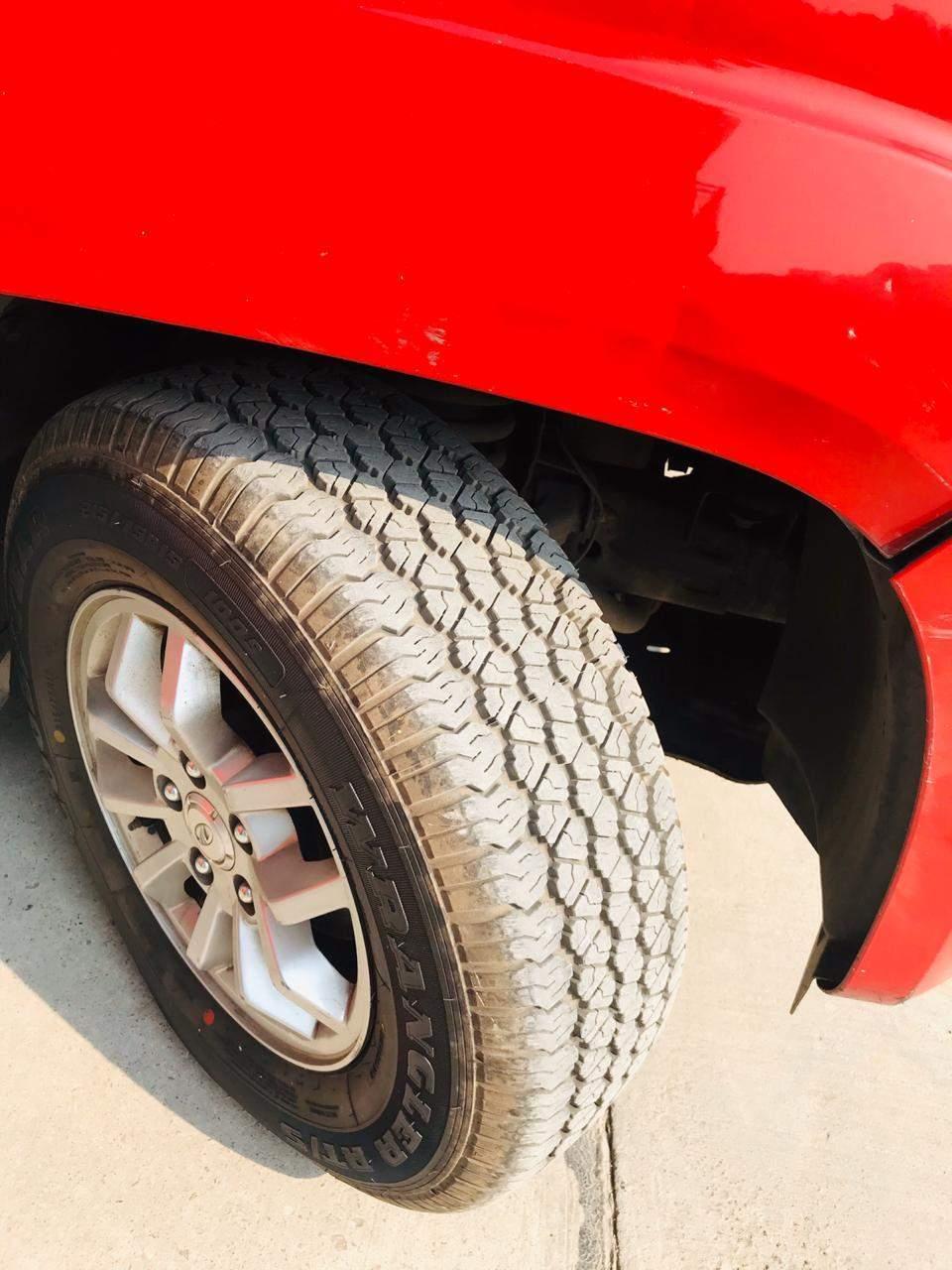 Mahindra Tuv300 Rear Left Side Angle View