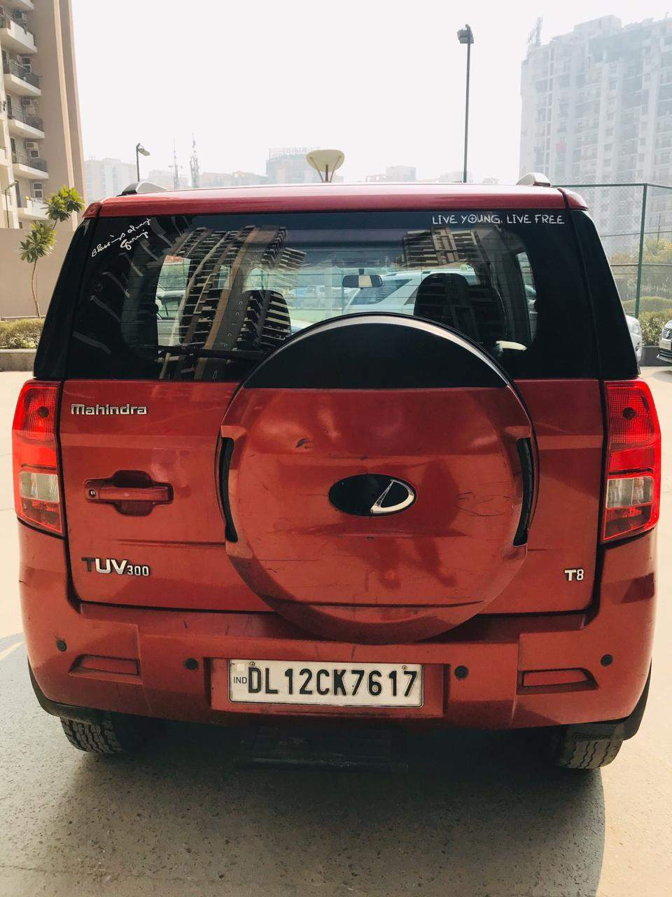 Mahindra Tuv300 Rear View