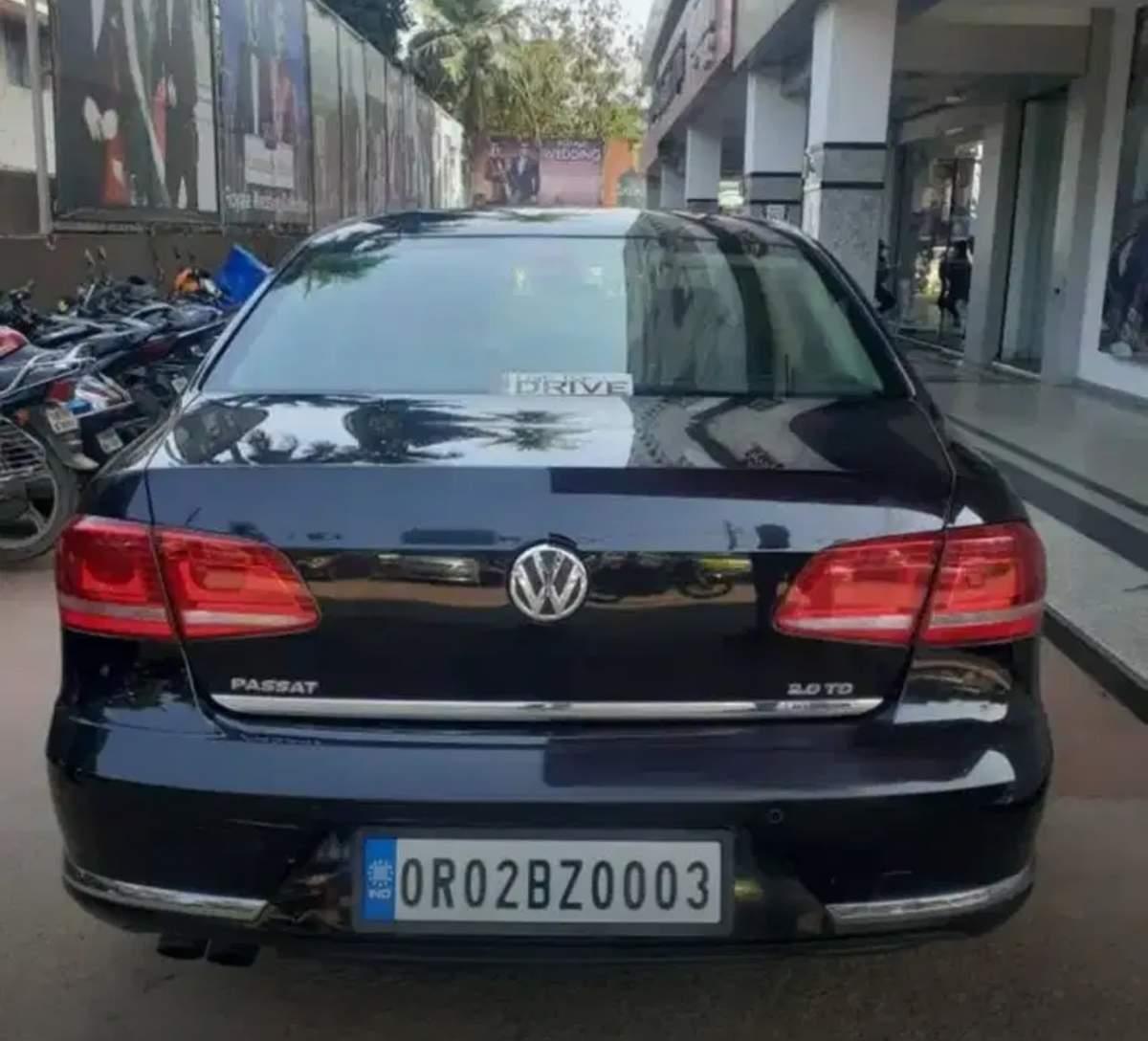Volkswagen Passat Rear Left Side Angle View